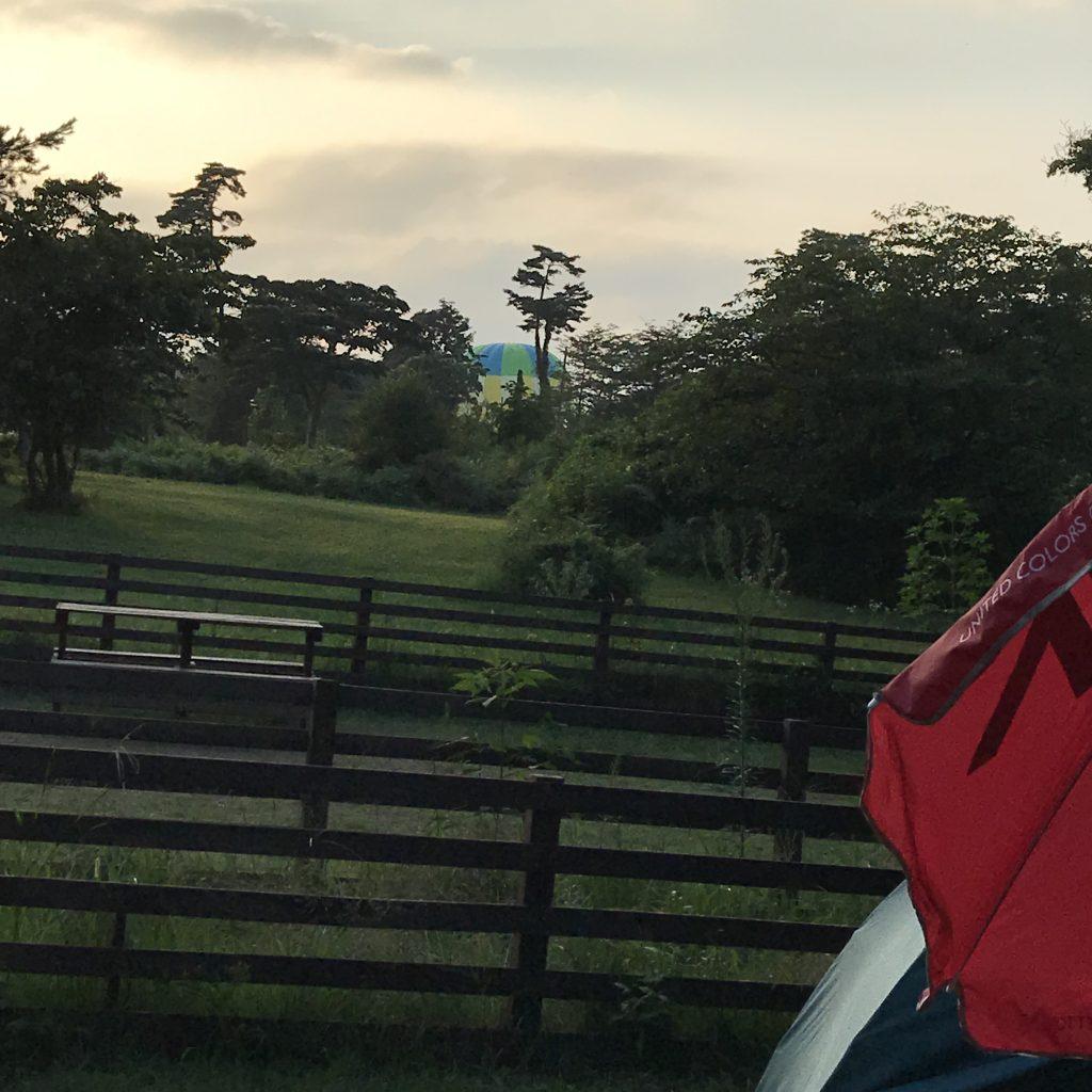 キャンプ場からの気球